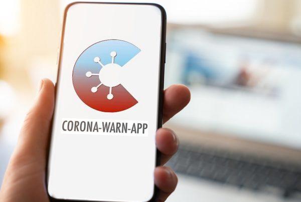 Corona Warn App auf Handybildschirm